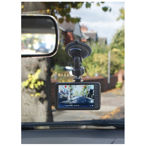 "Streetwize Full HD Dash Cam With Parking Protection - 3.2"" Screen"