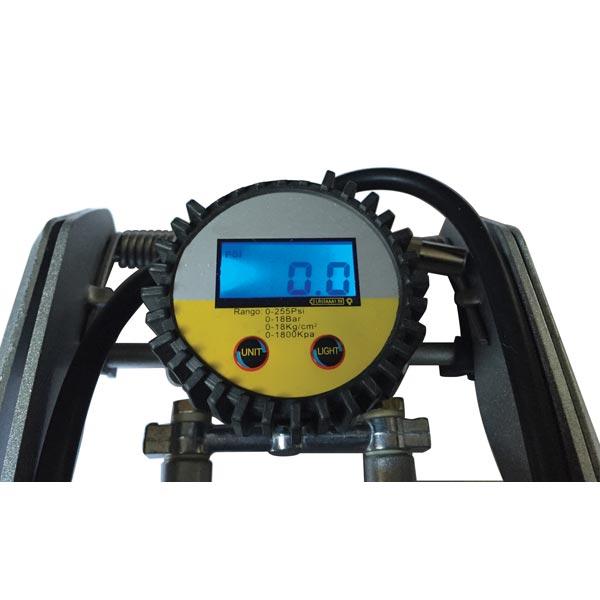 Streetwize Double Cylinder High Pressure Foot Pump - Digital display
