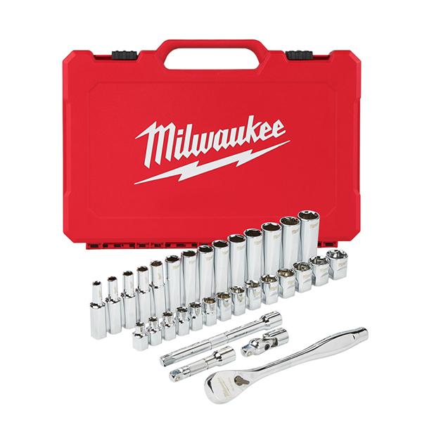 "Milwaukee Four Flats 3/8"" Drive 32pc Ratchet & Socket Set -Metric"
