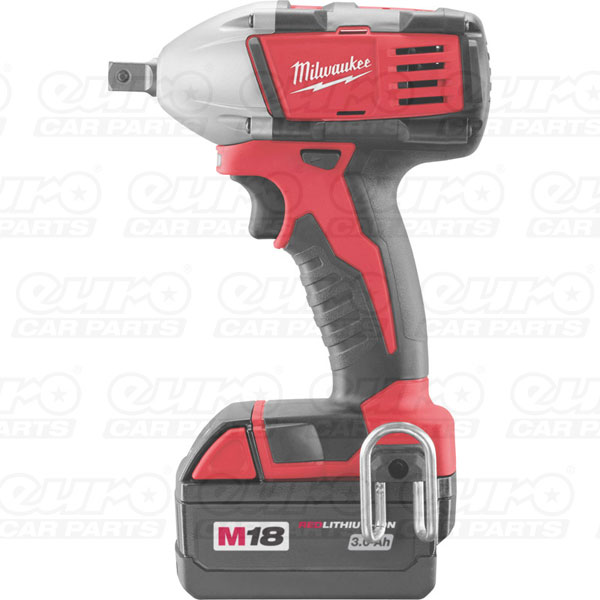 Milwaukee C18IW-32 1/2 drive impact wrench   Milwaukee